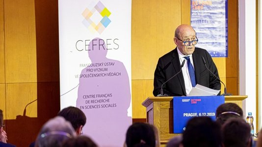 Intervention de M. Jean-Yves Le Drian, Ministre de l'Europe et des Affaires (...)